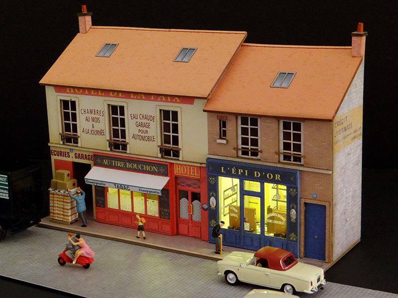 fa ade vitrines caf boulangerie r gions compagnies maquettes en carton imprim. Black Bedroom Furniture Sets. Home Design Ideas