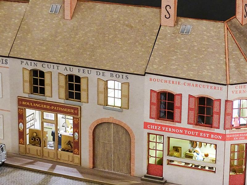 Alignement de 3 maisons de bourgogne 3 commerces 2 angles for Acheter maison bourgogne