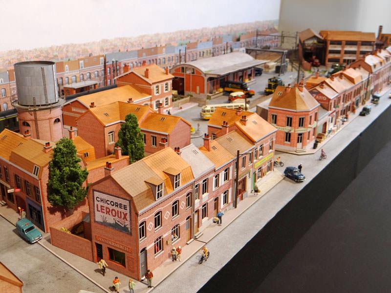 alignement de 5 maisons du nord r gions compagnies maquettes en carton imprim pr d coup. Black Bedroom Furniture Sets. Home Design Ideas