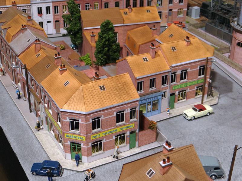 alignement de 4 maisons du nord avec angle droite r gions compagnies maquettes en carton. Black Bedroom Furniture Sets. Home Design Ideas