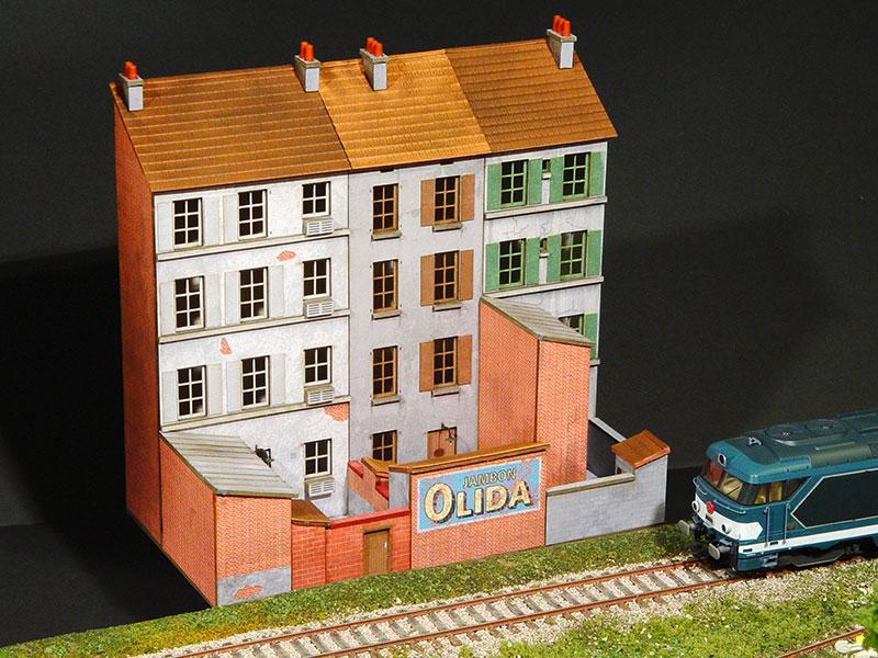 arri re bloc de trois immeubles droits r gions compagnies maquettes en carton imprim. Black Bedroom Furniture Sets. Home Design Ideas